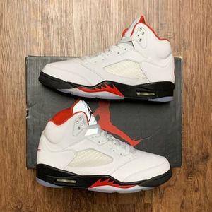 Jordan 5 Fire Red (2020)